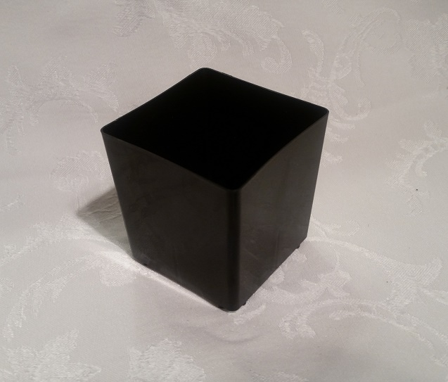 "2.5"" Plastic Square Black Pot"